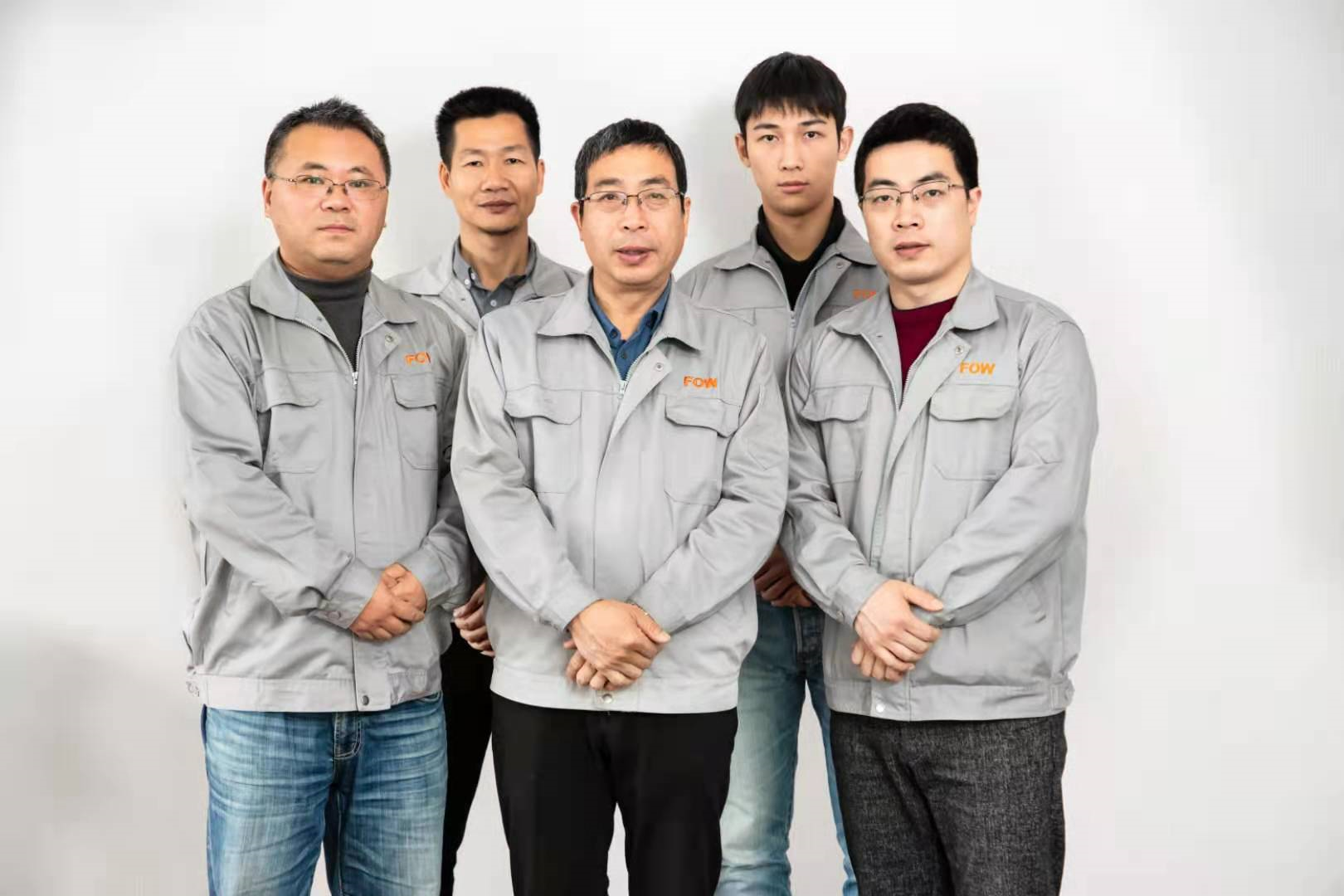 our injection molding experts